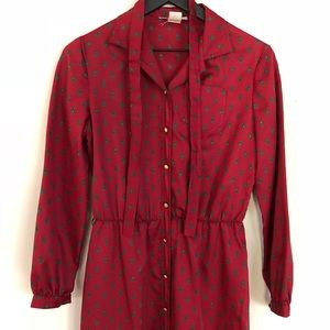 Dresses & Skirts - Long sleeve vintage red print button up dress